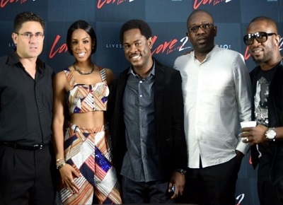 "(L-r): Matthew Willsher, acting chief executive officer, Etisalat Nigeria, Kelly Rowland, director, Brands and Communications, Enitan Denloye, director, Consumer Segment, all of Etisalat Nigeria, Oluwole Rawa and Darey Art-Alade during Etisalat's sponsored ""Love Like A Movie"" concert"